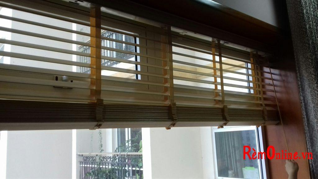 cách sử dụng rèm gỗ
