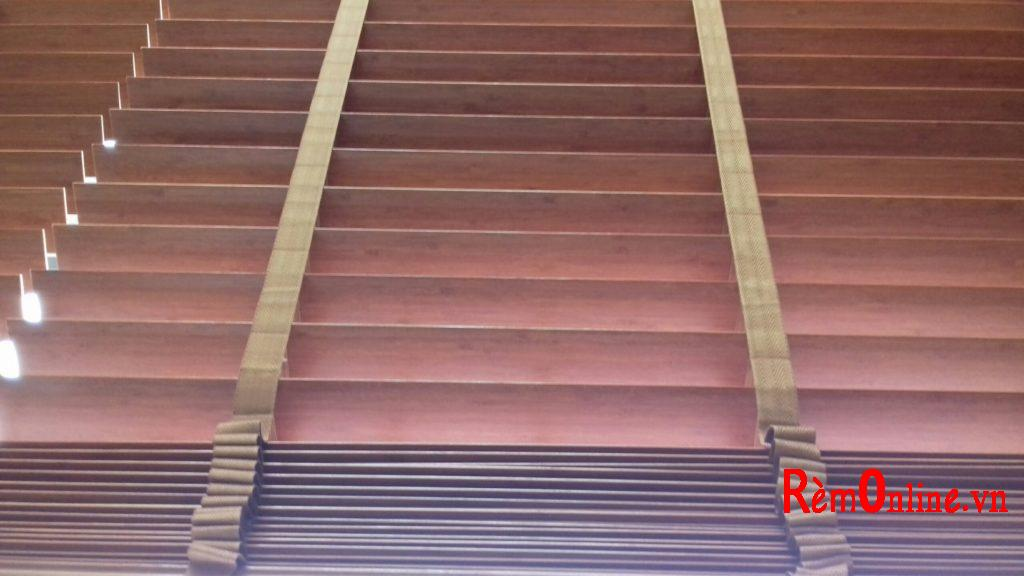 hướng dẫn cách kéo rèm gỗ