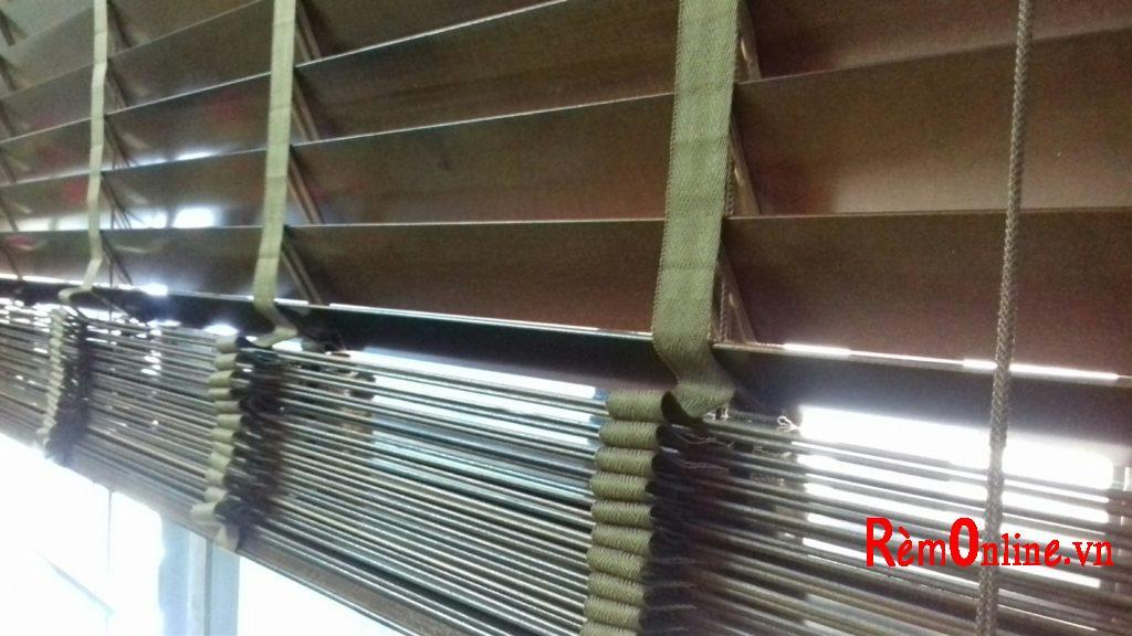 rem gỗ rất gọn và dễ lắp đặt, độ bền cực cao