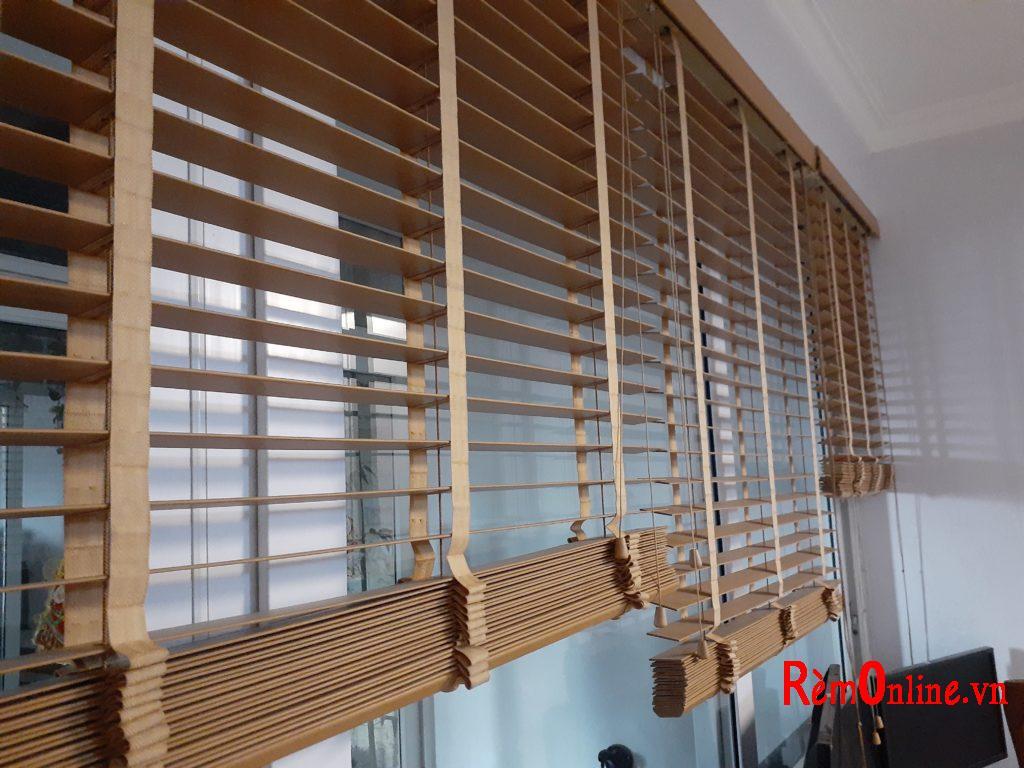 mẫu rèm gỗ